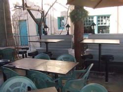 _No Anchovies_ restaurant