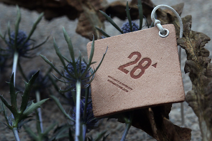 28' 香氛皮革吊牌