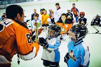 Кубки на Турнир для Детской спортивной школы Penguins Hockey School
