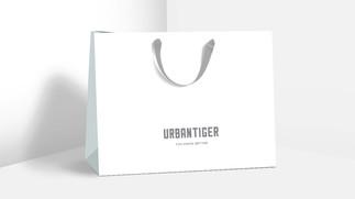 Бумажный большой пакет UrbanTiger для одежды и подарков