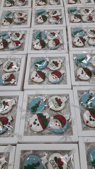 Пряники сувениры новогодние в коробке