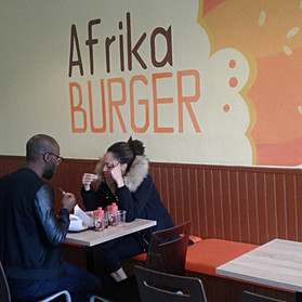 Afrika Burger Lyon: Silence on mange!