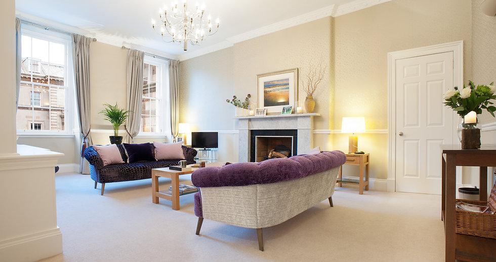21 Hanover Street living room