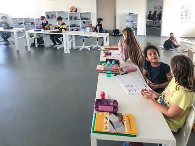vivet-privatschule-unterricht-schueler.j