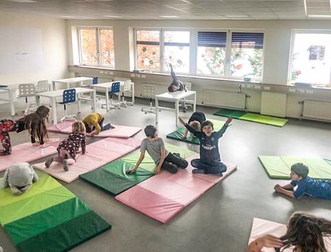 vivet-privatschule-turnen-koerper.jpg
