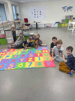 vivet-privatschule-kinder-spielen.jpg