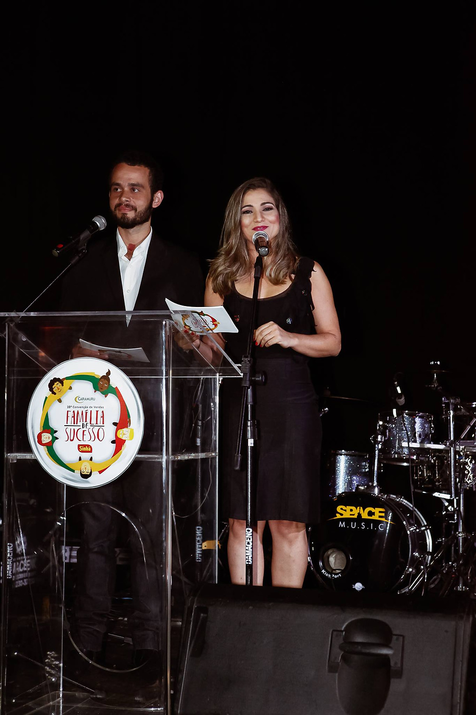 Ricardo Augusto e Amanda Aloysa na Entrega de Prêmios Caramuru