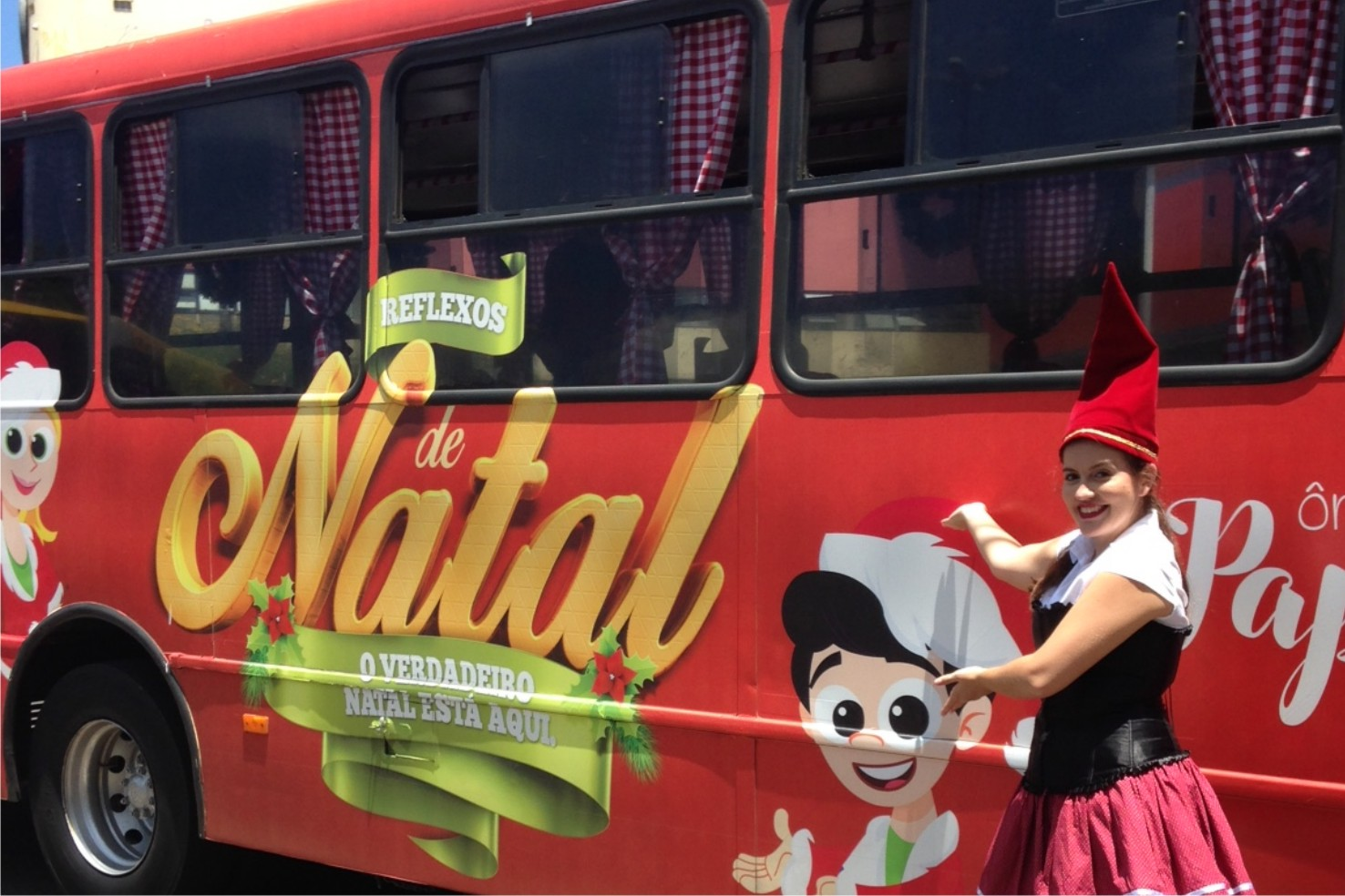 Ônibus do Papai Noel Pratic Shopping