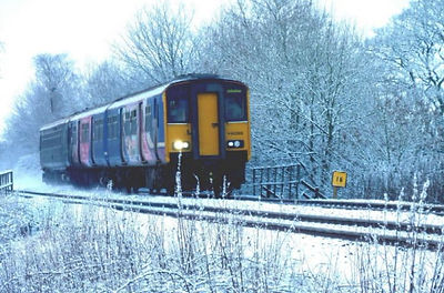 Pic of 150 DMU from RVRN 124.jpg