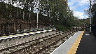 Pic of RGW platforms from Nwk Rail.jpg