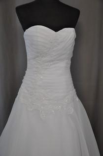 Svatební šaty číslo 216