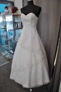 Svatební šaty číslo 214