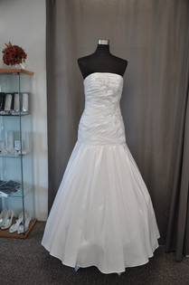Svatební šaty 202