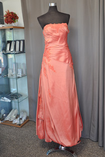Společenské šaty S1