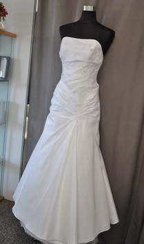 Svatební šaty číslo 210