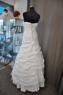 Svatební šaty číslo 206