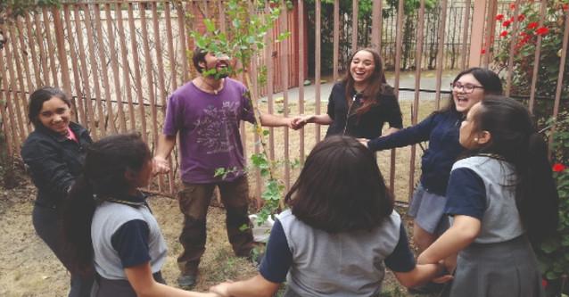 Actividades y trabajos en colegios