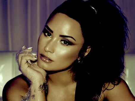 """""""What is California Sober?"""" Demi Lovato"""
