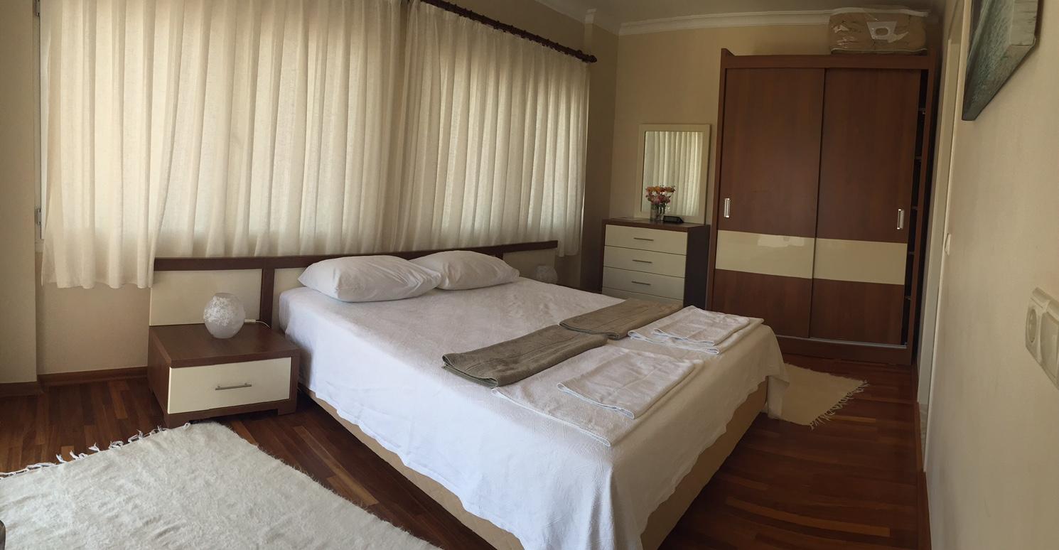 Master_Bedroom_Panaromic.JPG