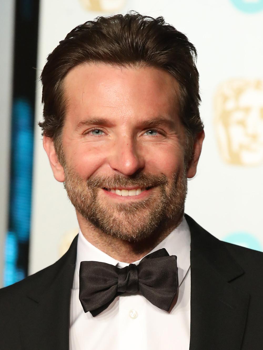Bradley Cooper - um capricorniano famoso que não tem como escapar dos holofotes