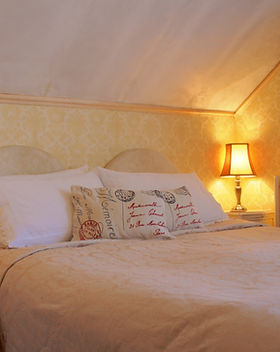 room 6 hdr2.JPG.jpg