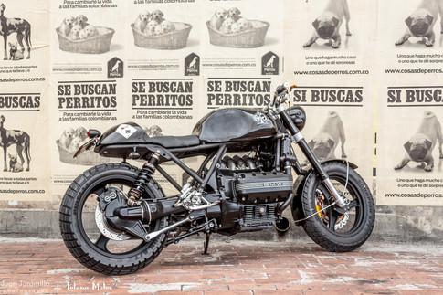 BMW Cafe Racer Lolana Motos.jpg