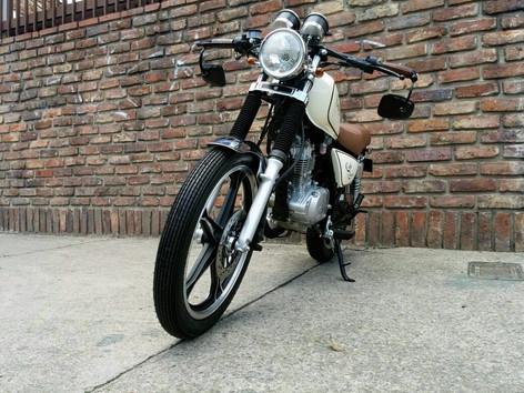 Suzuki GN125.jpg