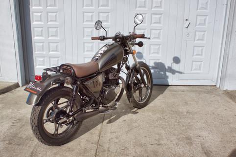 Suzuki GN modificada.jpg