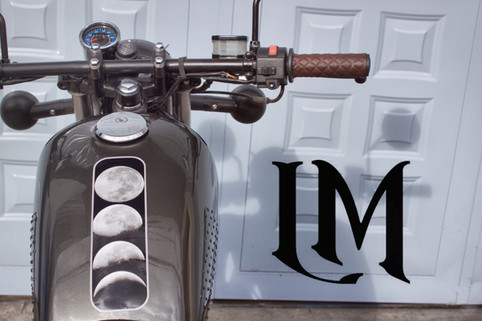 Suzuki Lolana motos.jpg