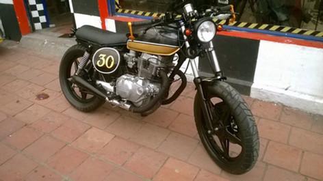 Cafe Racer Honda CB400.jpg