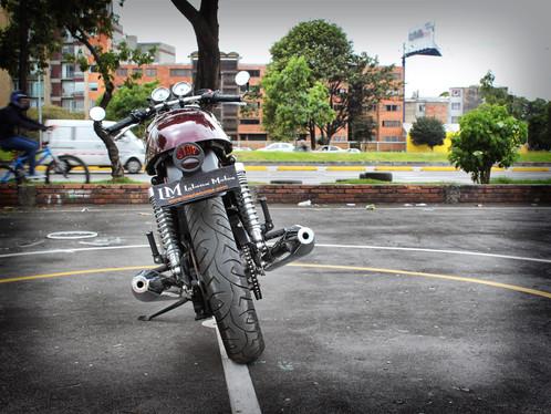 Triumph en Bogota.jpeg