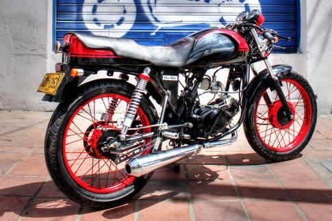 Cafe Racer Honda.jpg