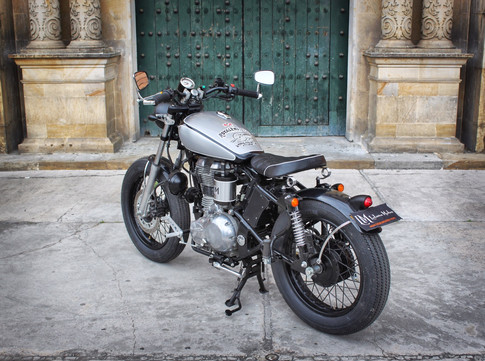 Lolana motos.jpeg