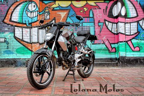 Lolana motos colombia.jpg