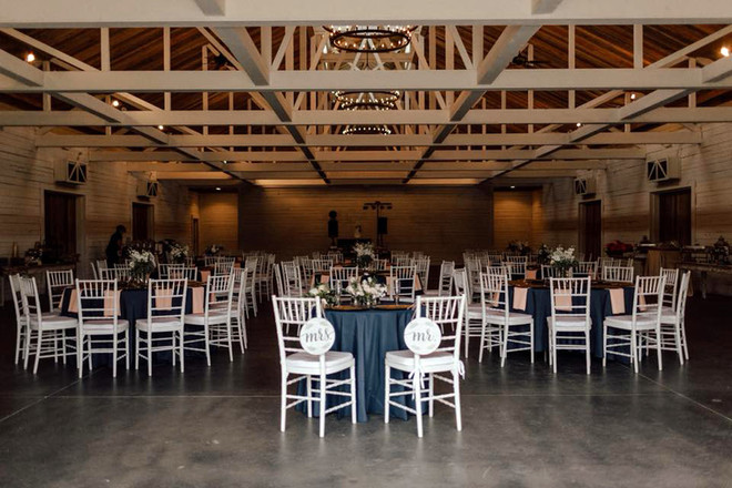QC_Event_Design_Rustic_Barn_Wedding_Blus