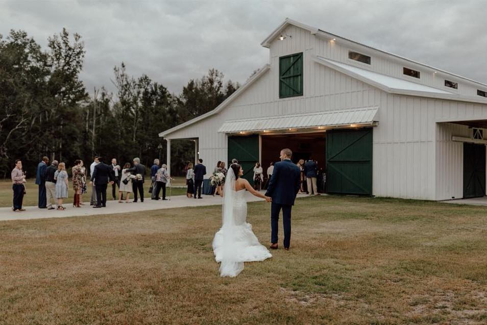 QC_Event_Design_Rustic_Barn Wedding.jpg