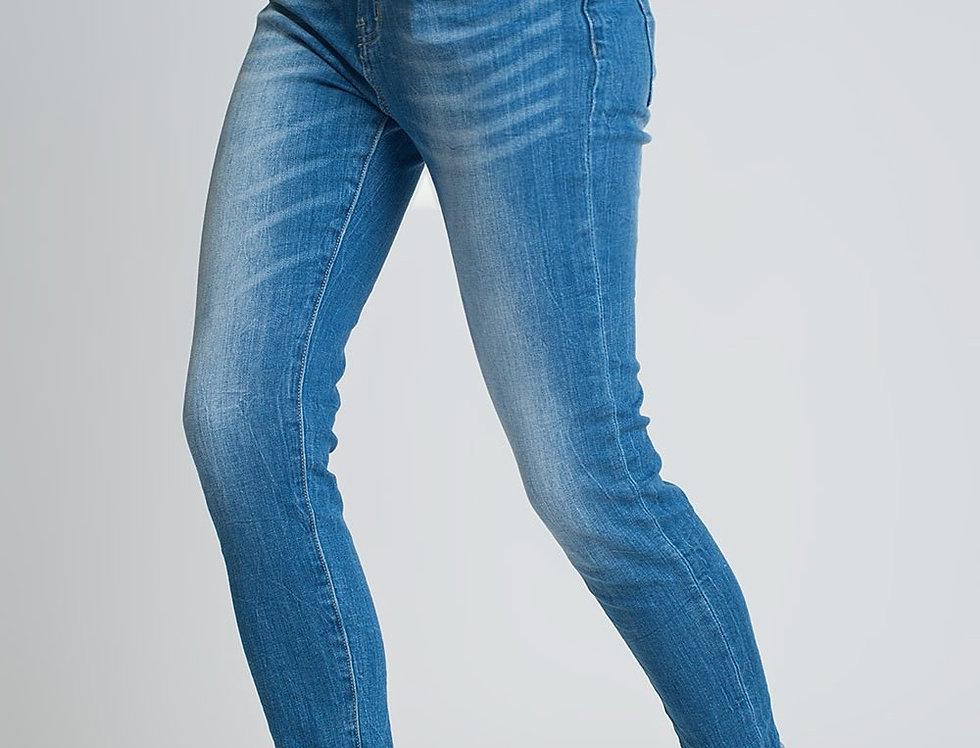 High Rise Farleigh Slim Mom Jeans in Lightwash