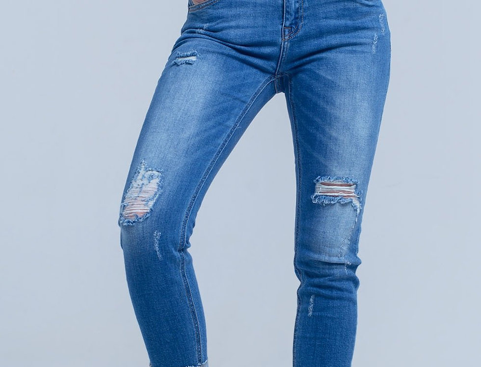Jean Skinny With Rips on the Legs