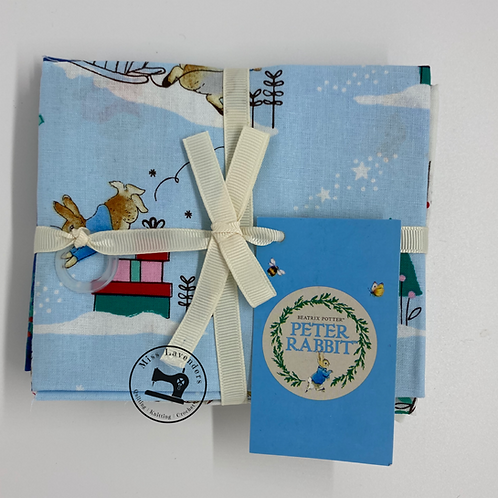 Peter Rabbit Christmas  -  5 Piece Fat Quarter Pack  - The Craft Cotton Company