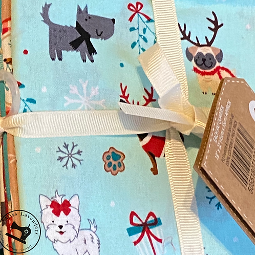 Craft Cotton Co - Christmas Freddie and Friends - Fat Quarter Bundle (pack of 5)