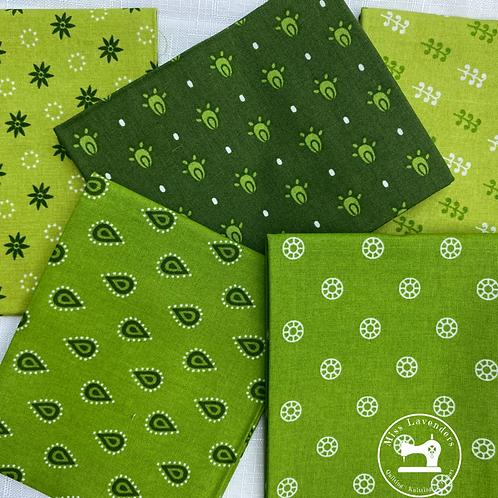 Craft Cotton Green  - Cotton Fat Quarters - 5 Pack