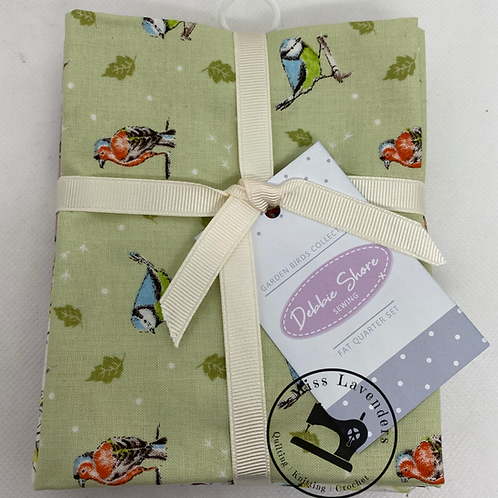 Debbie Shore  - Garden Birds - 26552 Cotton Fat Quarters 5 Pack