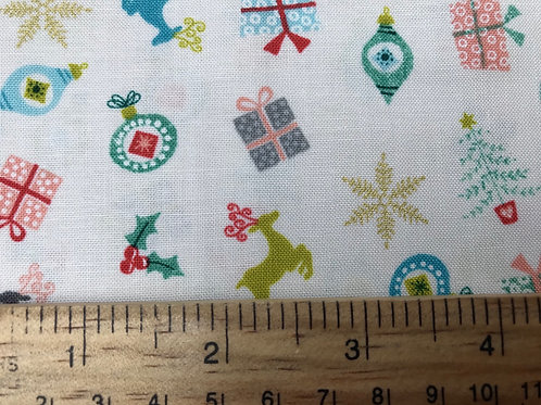Makower Merry Scatter White Fabric - Christmas Reindeers, Presents and Trees