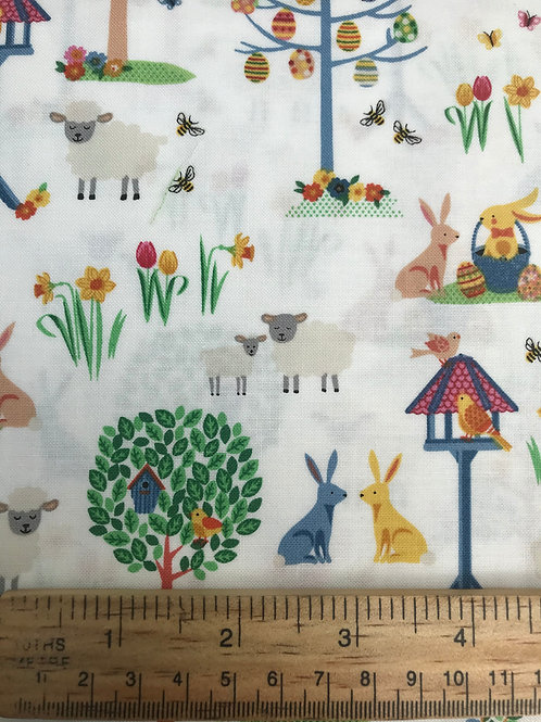 Makower Spring - Garden White Fabric