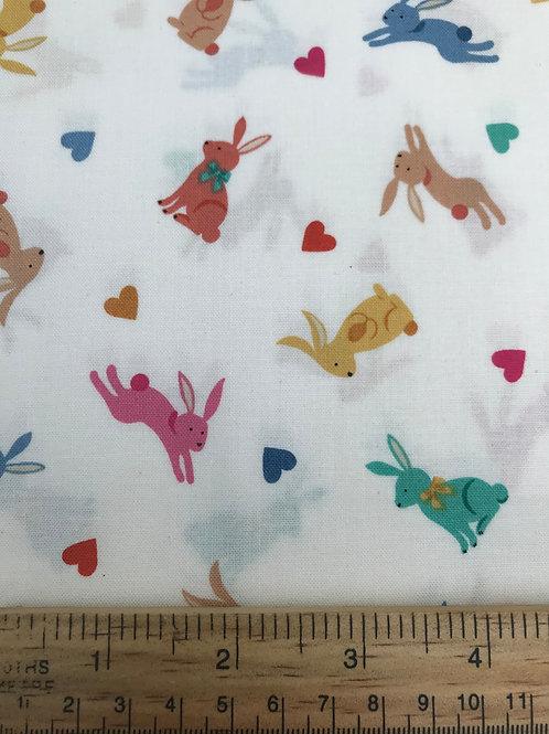 Makower Sprint - Rabbits White Fabric