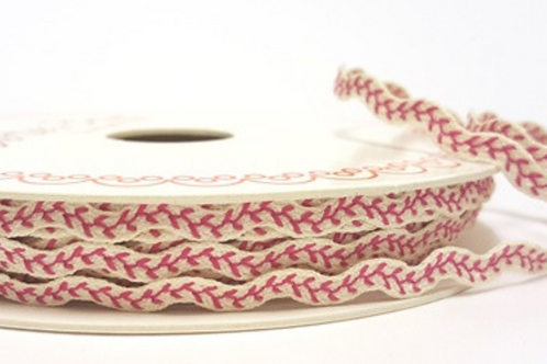 Berties Bows Ric Rac 6mm Ribbon in Vine Stitch - Fuchsia Pink