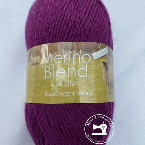 King Cole Merino 4 Ply 50g - Blackcurrant 3394