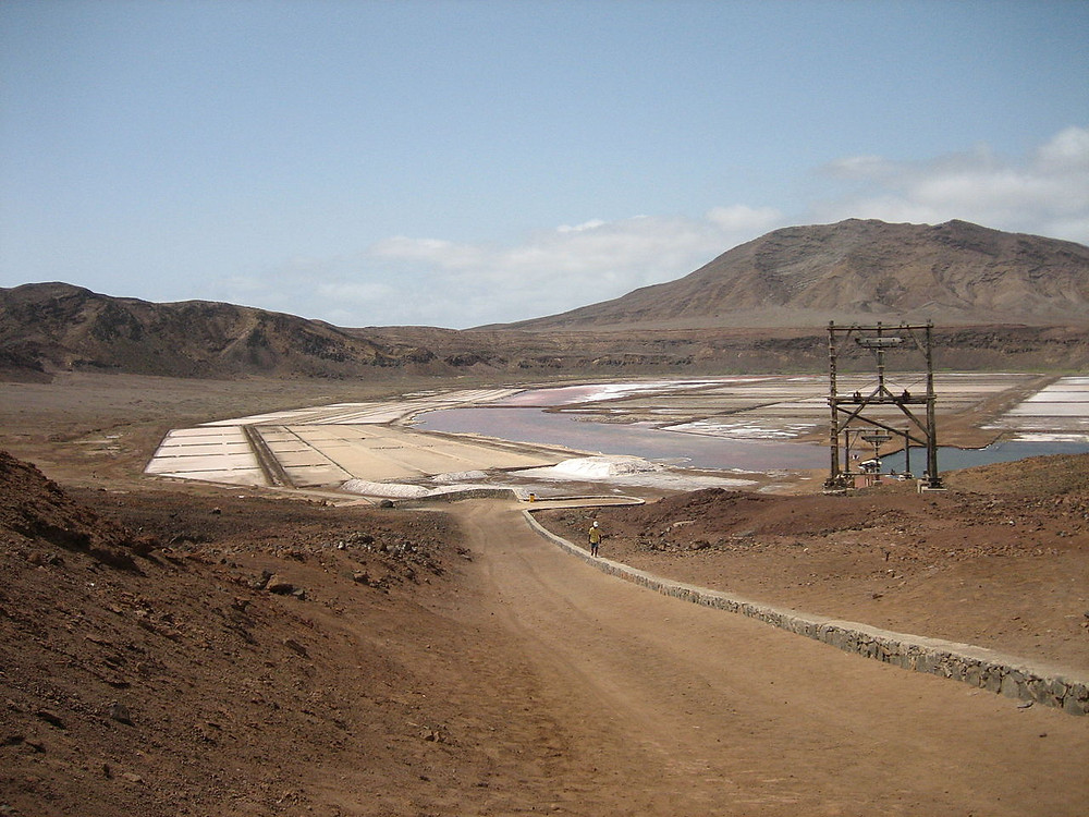 salt-mine-on-a-flat-island-in-a-volcano-crater-wide-view