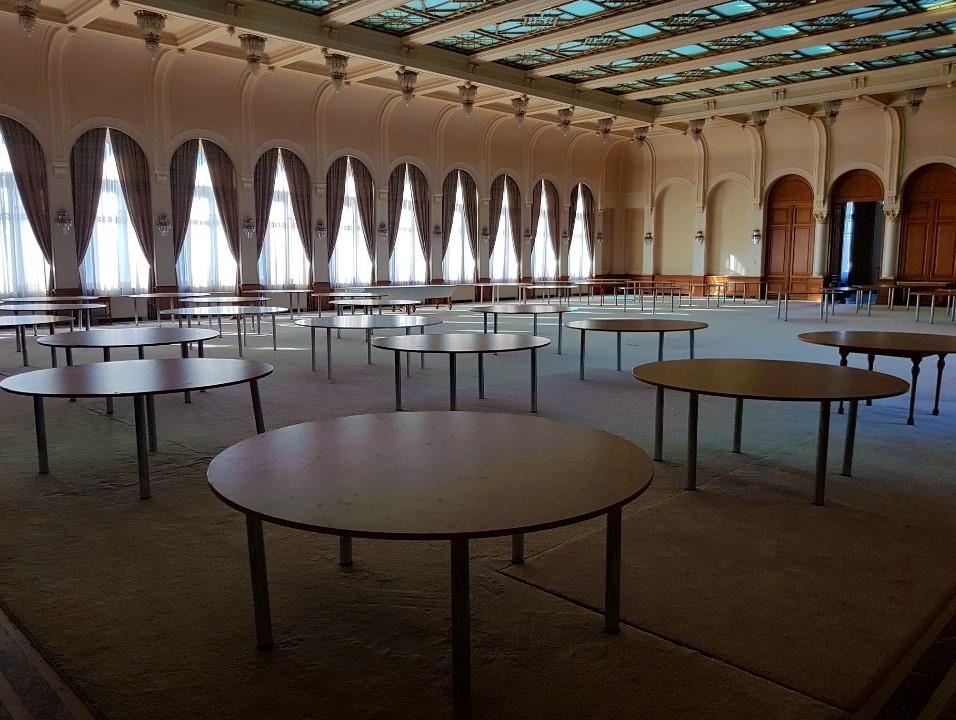 sala-mare-Centrul-de-Conferinte-al-Palatului-Snagov