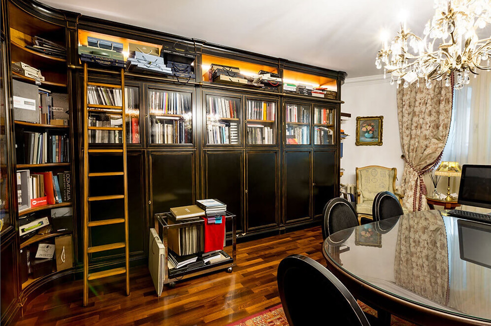 private-library-palace-room